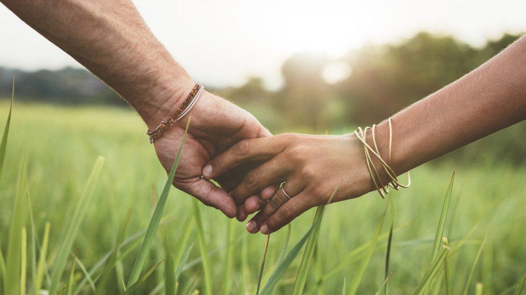 Több mint 40 randevú Észak-Írországban
