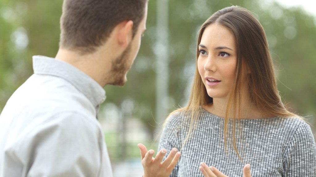 randevú a hagyományos nemi szerepek