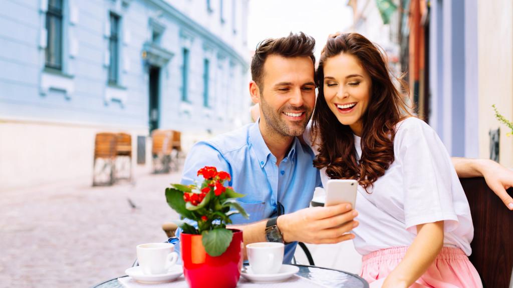 Mikor válik a randevúk komoly kapcsolatba